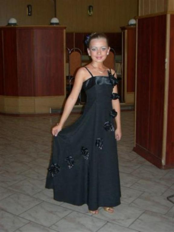 Платья на выпускной в школе 1
