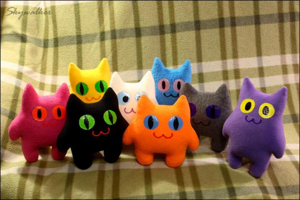 Коты Радостные флисовые