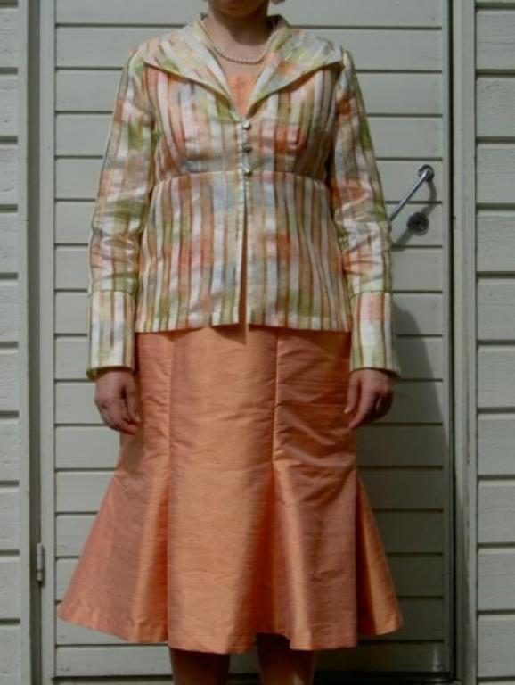 Топ, юбка и жакет