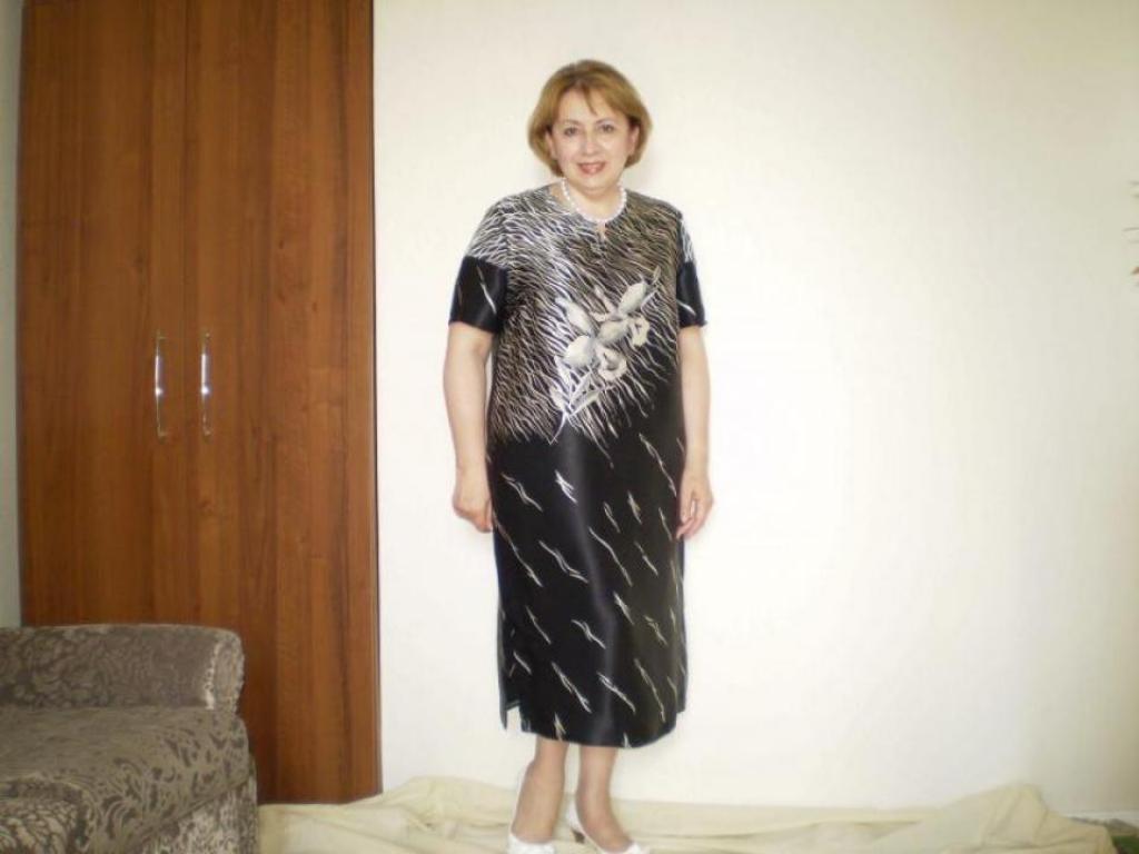 Платье из шелкового купона.