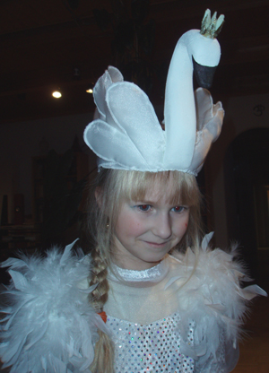 Новогодний костюм лебедя своими руками