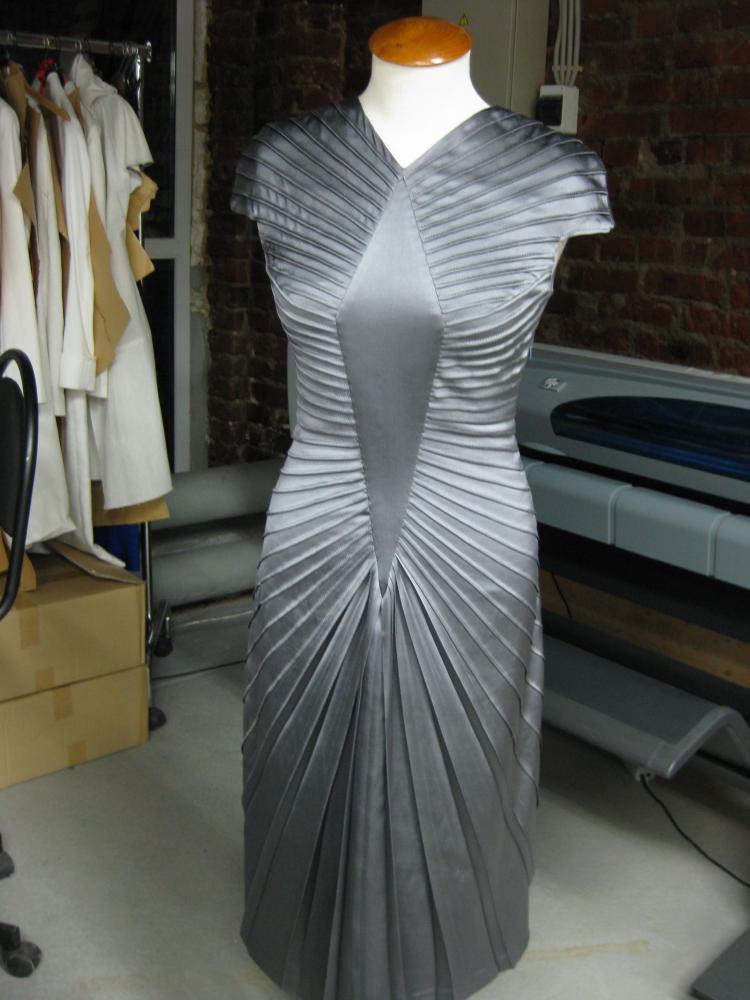 Как раскроить платье по косой