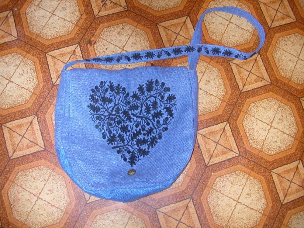 сумка из льна с вышивкой