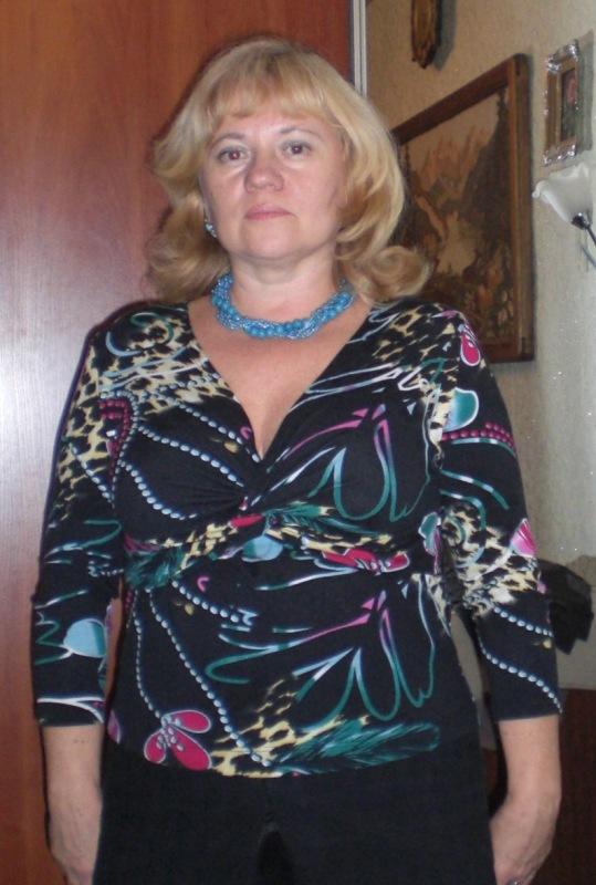 Хочу сшить платье в стиле 60 х, 70 х годов.