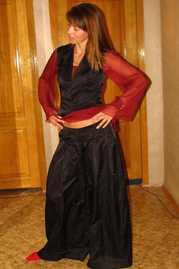 костюм из шелка