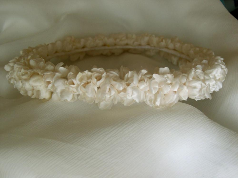 Венок из ткани на голову