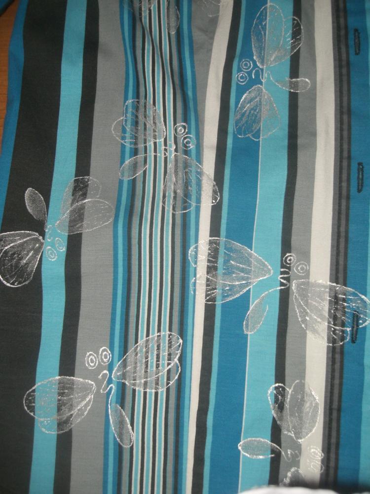 рисунок на блузе поближе