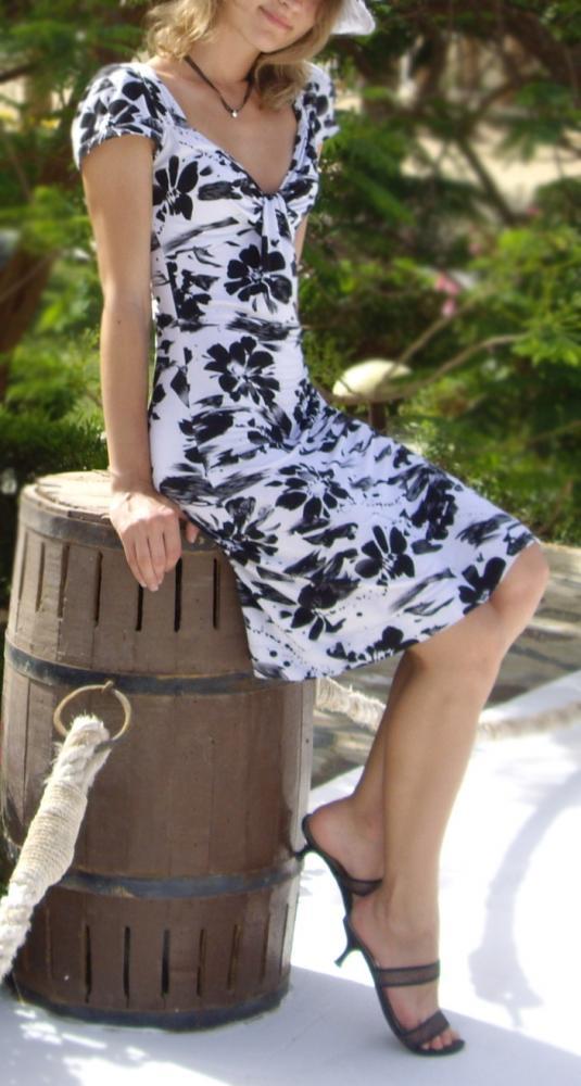 535 pxВысота.  Faujar. белое трикотажное платье Бурда 42008Ширина.