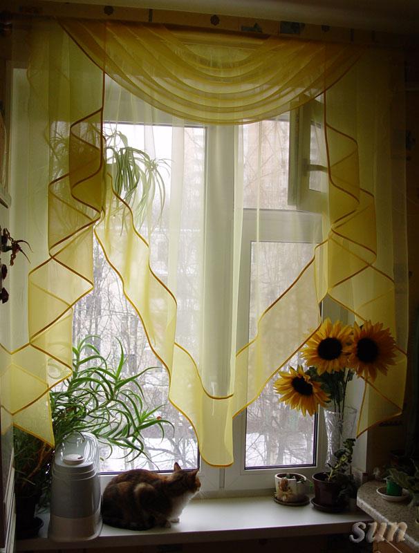 Шторы для желтой кухни фото