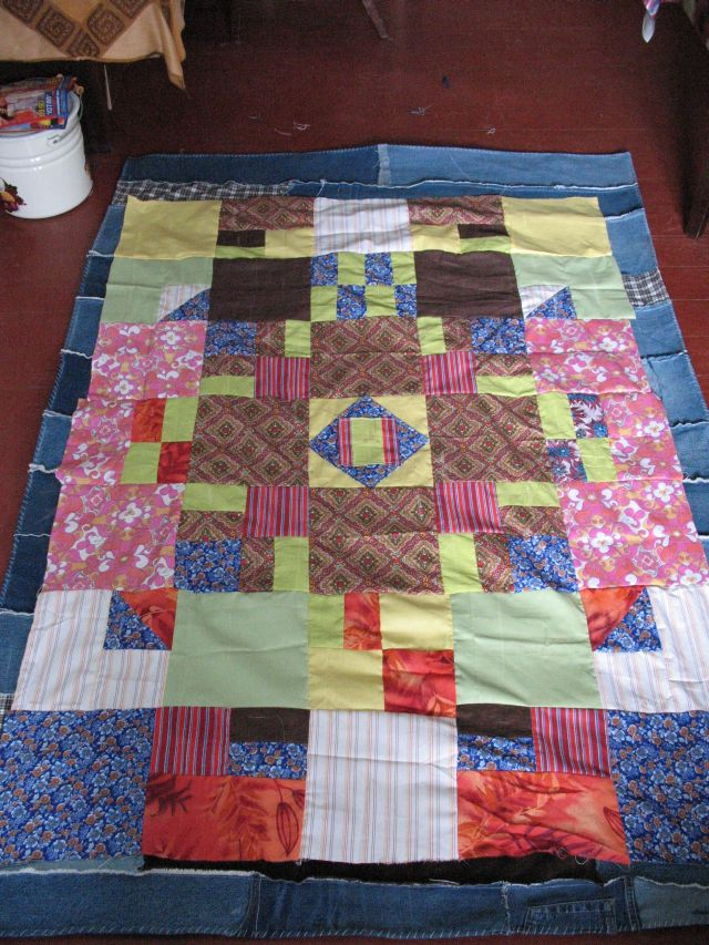 Что сделать из старого одеяла своими руками 86