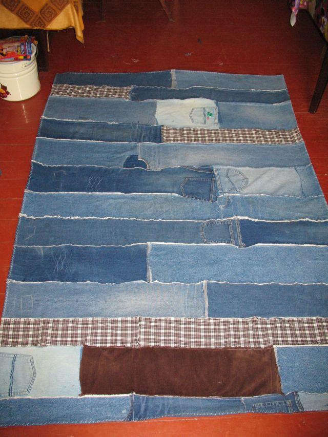 Что сделать из старого одеяла своими руками 41