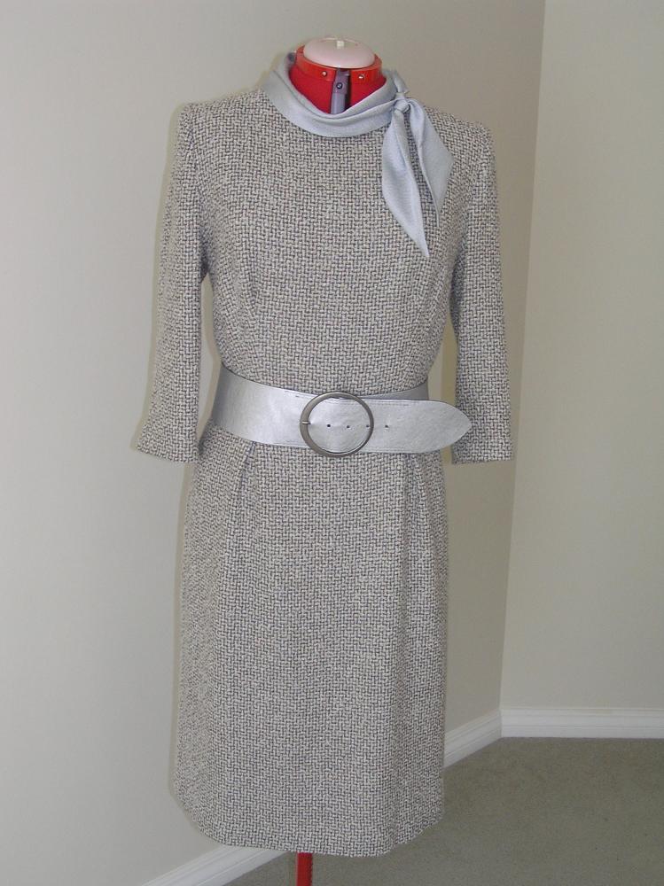 платье из шерсти, букле