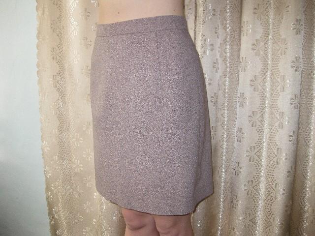 Таже юбка.