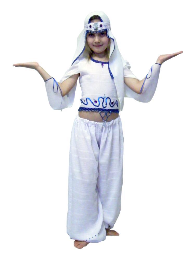 Вязание спицами безрукавок для девочки 383