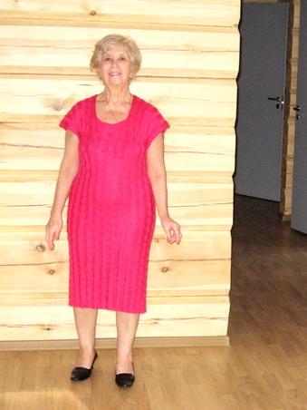 "Красное платье ""Лапша-чулок"""