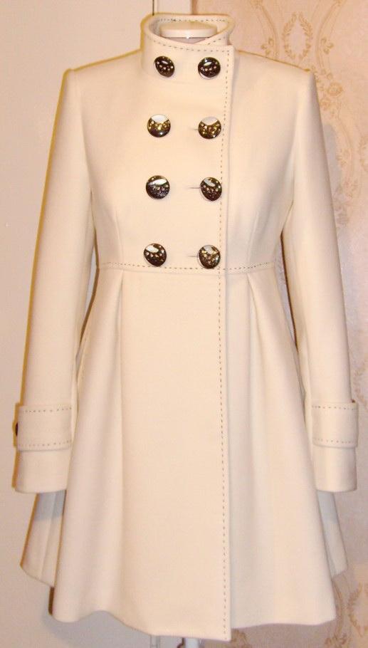 Пальто для юной леди.