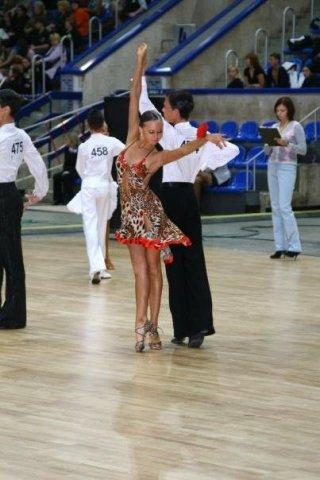 Фото бальных платьев для латины.  Вечерние платья салон эльза.