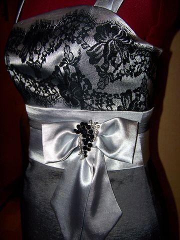 дальше серое платье-двухсторонняя ткань и кружево. украшала на свадьбу...