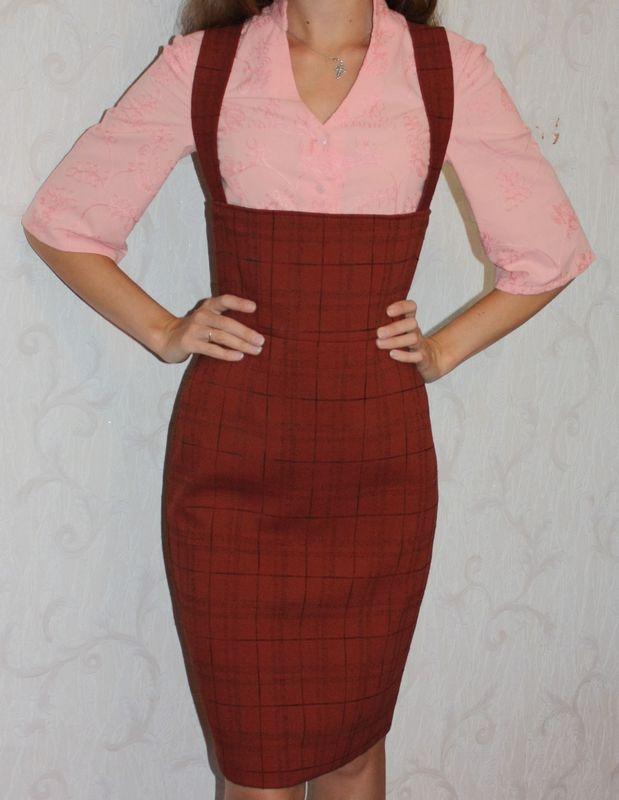 Обратила внимание на приятный сарафан для юной особы в альбоме Надежда Васильевна Когда-то купила себе на юбку отрез, но юбка так и не состоялась