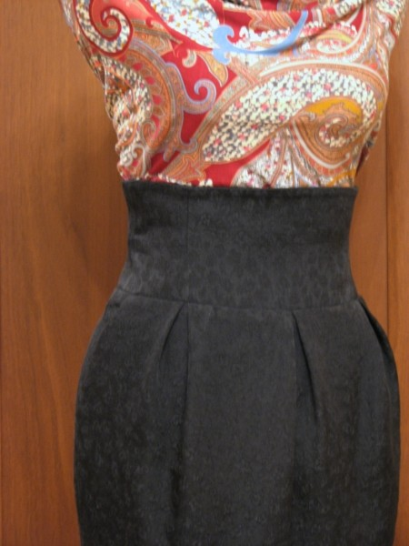 Платье тюльпан бурда