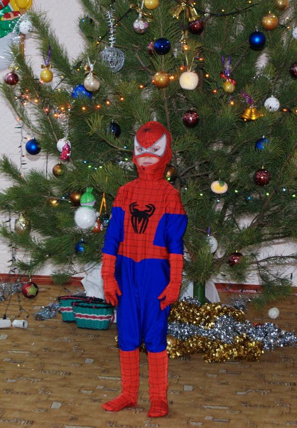Секс в костюме человека паука