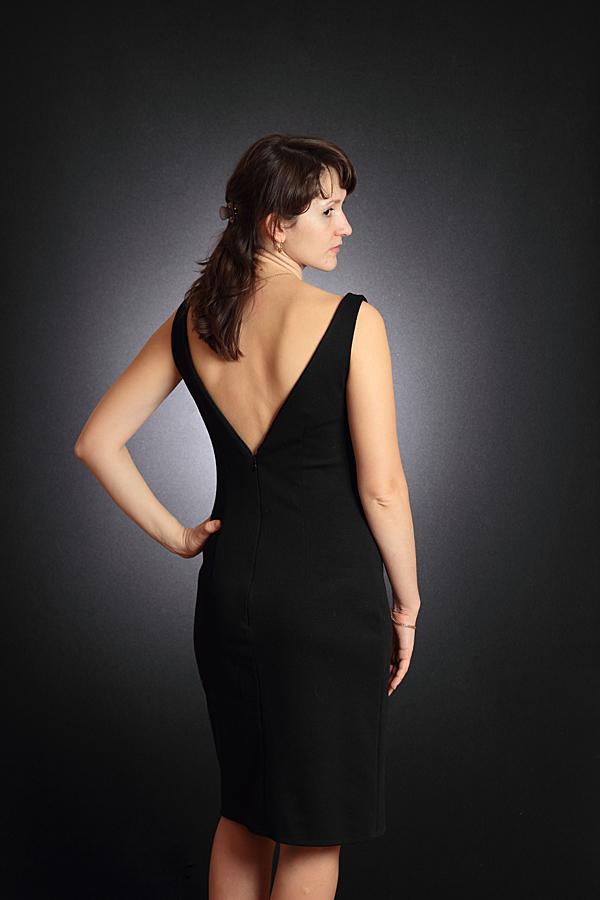 То же платье
