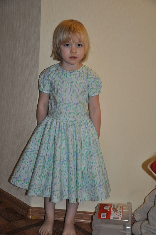 пышная юбка пятидесятых годов: