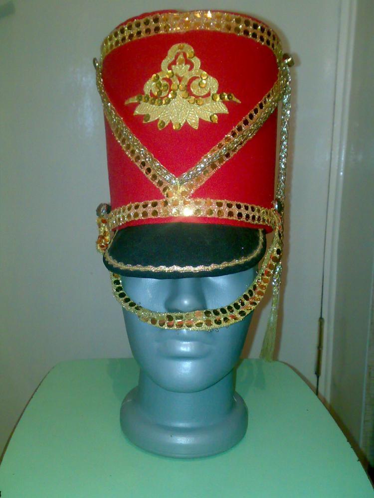 Гусарскую шапку