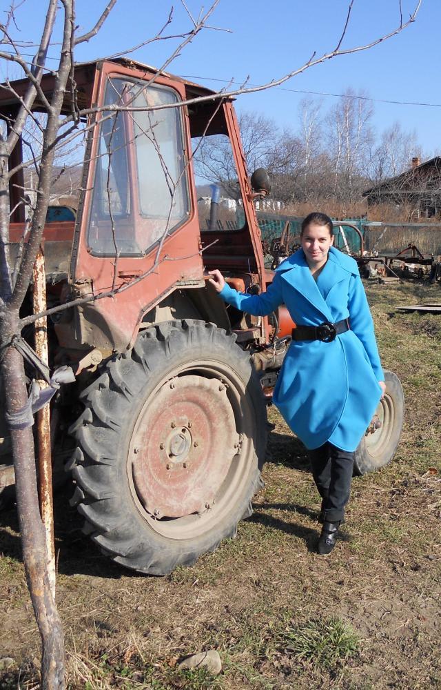пальто голубое 6