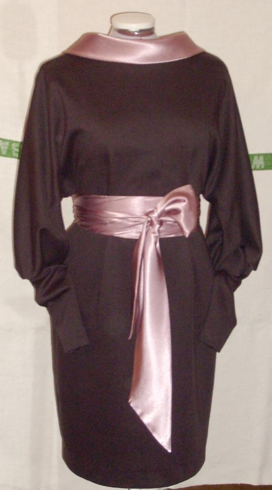 Уютное нарядное платье.