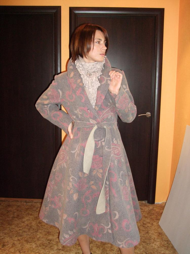 пальто из двойной ткани(валяная шерсть и тонкий трикотаж с р