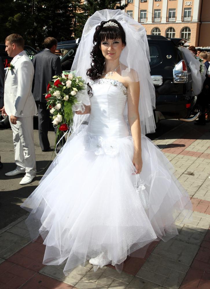 Под юбкой у невесты все видно фото 201-489
