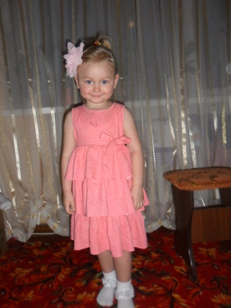 Платье для дочери на 3 годика