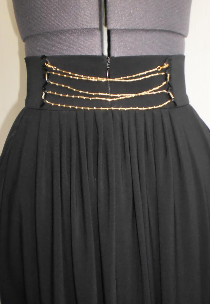 ... варианты декора юбки буфами и макраме.
