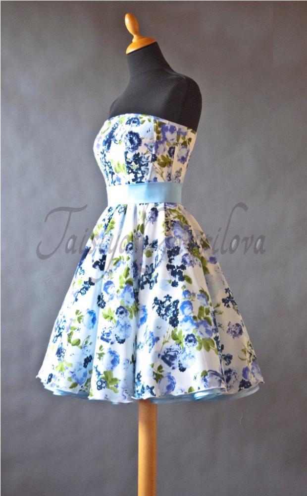 Как сделать чтобы юбка платья была пышной