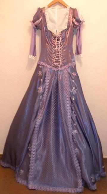 """платье для героини мультика """"Рапунцель.Запутанная истор"""