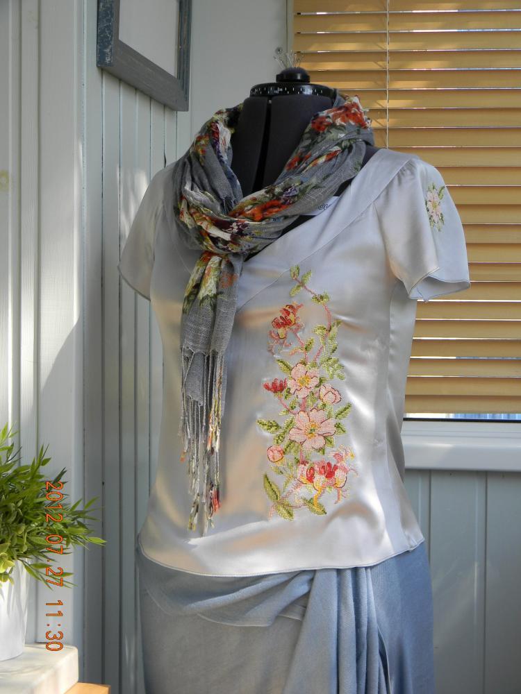 блузка из сатина-стрейч