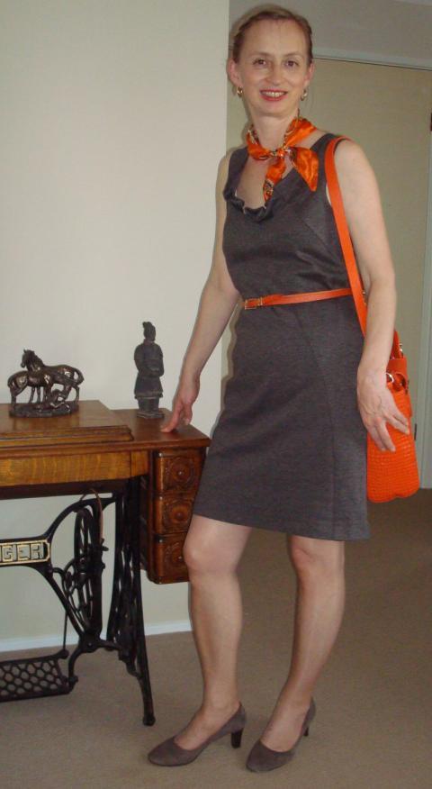 grey dress4.JPG