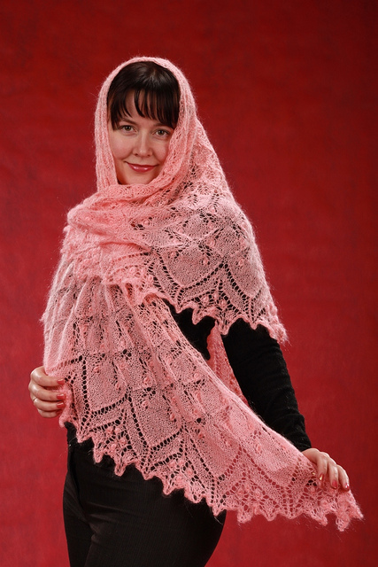 Aeolian coral shawl