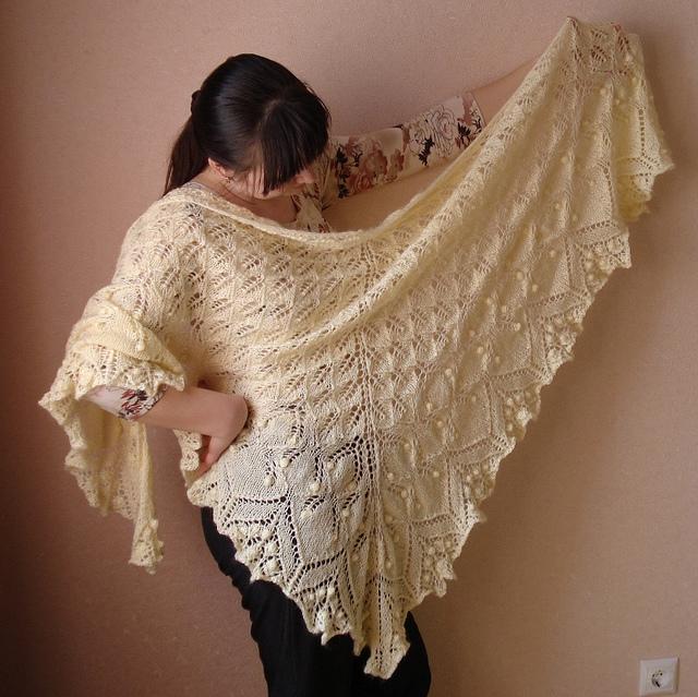 Aeolian lemon shawl