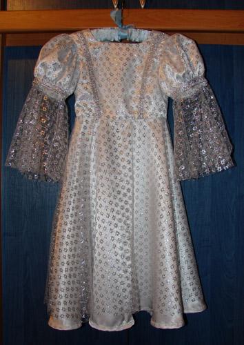"""""""Серебряное"""" платье для маленькой принцессы"""