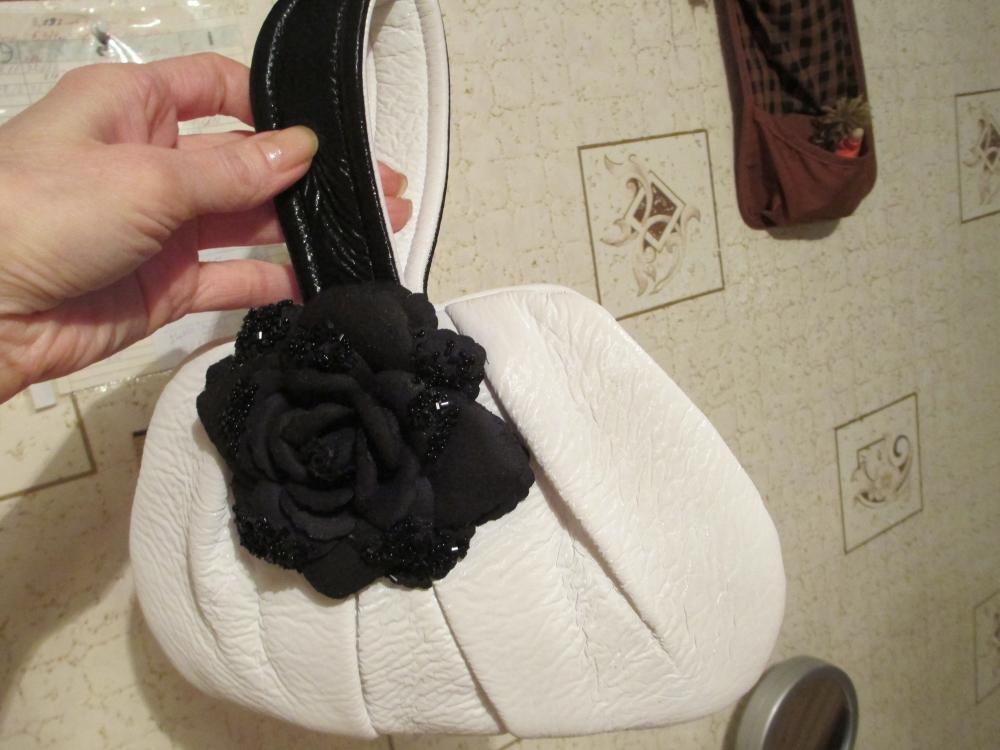 Вечерняя сумочка-косметичка.