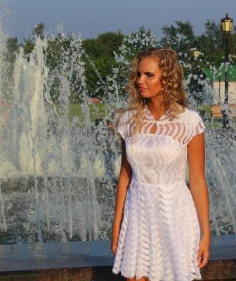 Выпускное платье (вид номер два)