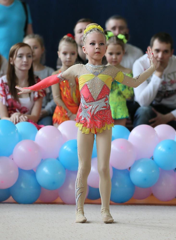 У гимнастки порвались трусы на соревнованиях