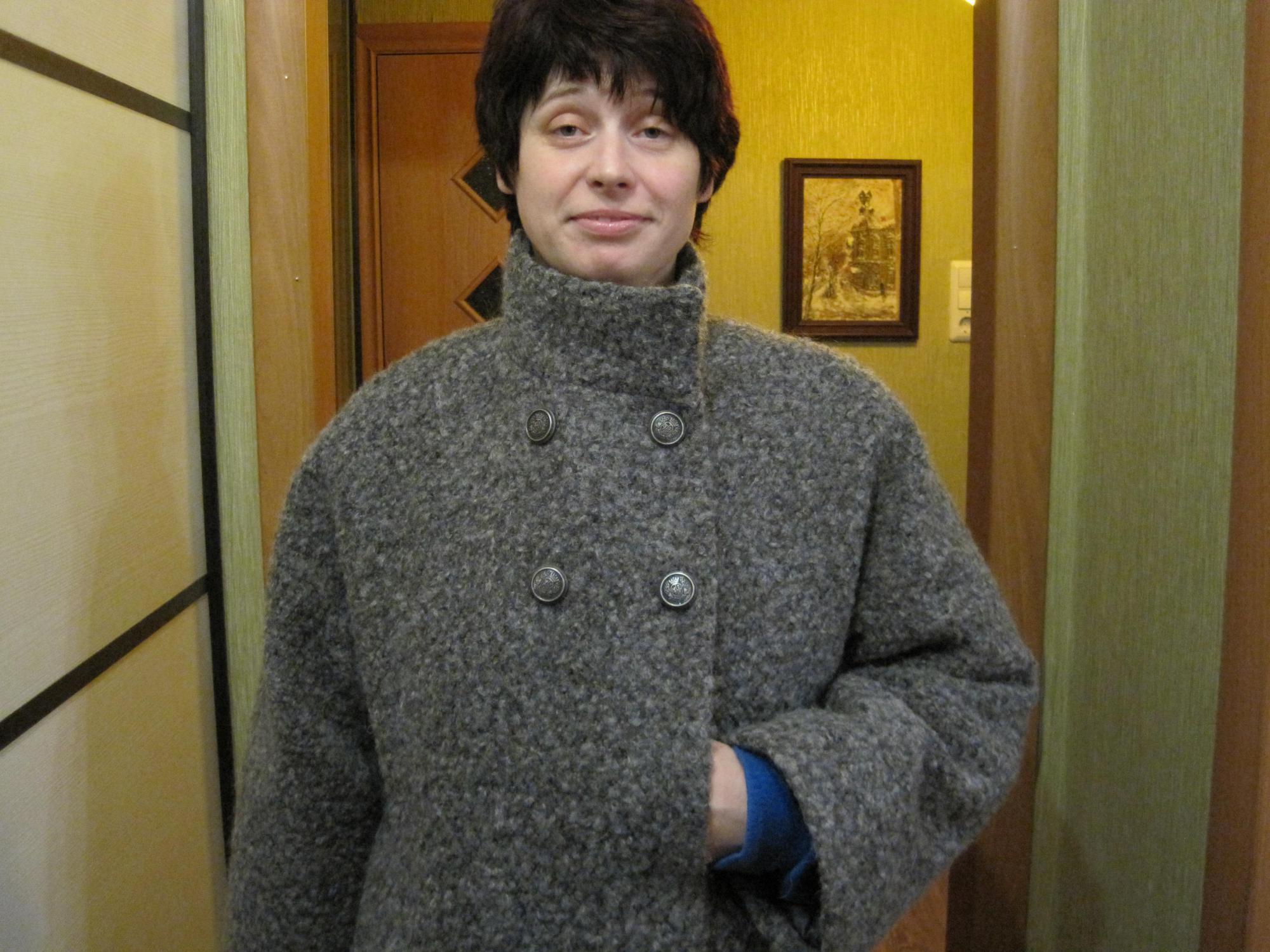 пальто из шерстяного букле