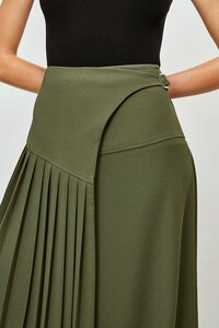 467954311_green-military-pleated-wrap-midi-skirt(3).thumb.jpg.f94dd45f5e3408706757fff682956c4a.jpg