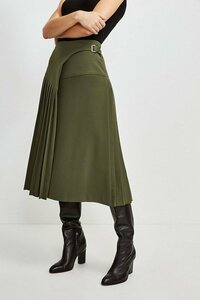 637531996_green-military-pleated-wrap-midi-skirt(1).thumb.jpg.d9c30dae4d805aba5088faff075463b6.jpg