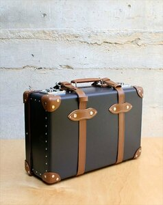 efc1bf2353885858dd518e0b92068d1d--leather-suitcase-leather-bags.jpg.70277815c287139348b8b73e7a814b64.thumb.jpg.16a10f0748885b5a429aa5b3723a6cda.jpg