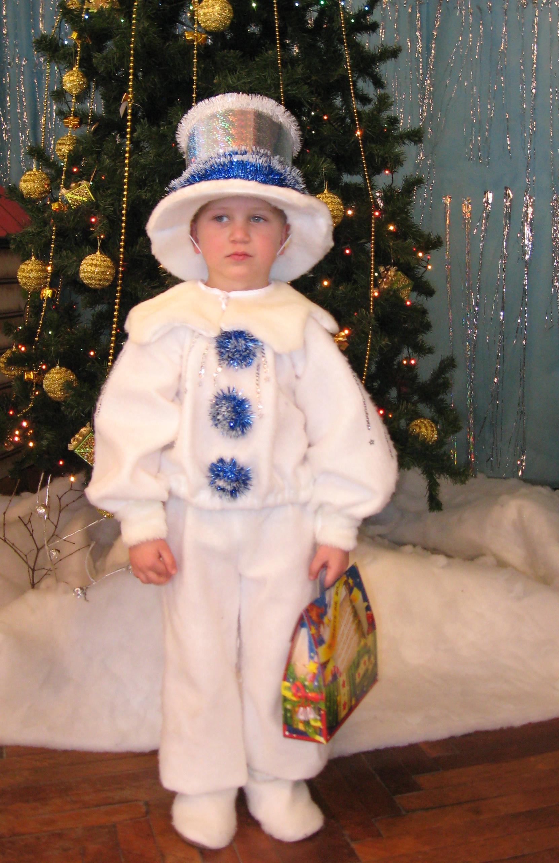 Новогодний костюм снеговика своими руками фото
