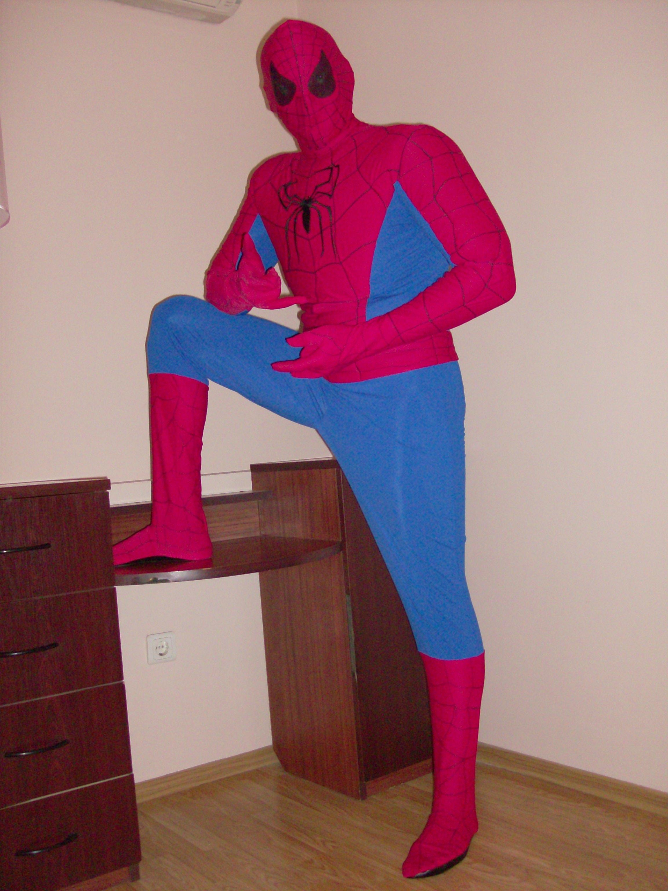 Выкройку костюма человека паука 4